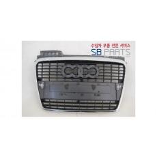 아우디 A4 라디에이터그릴 8E 대체부품/ 애프터부품/ 8E0853651J1QP